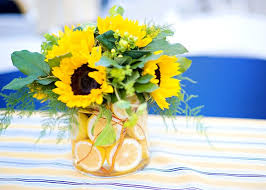 sunflower centerpiece 66 best sunflower centerpieces images on sunflower
