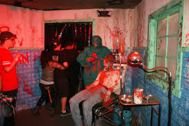 the thing assimilation halloween horror nights universal hollywood u0027s halloween horror nights hhn 2012 page