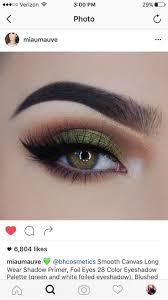 pretty halloween eye makeup best 25 halloween eyeshadow ideas on pinterest halloween eye
