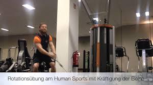 Sportpalast Bad Waldsee Rotationsübung Am Human Sports Mit Kniebeuge Youtube