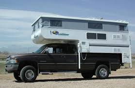 how to choose a truck camper