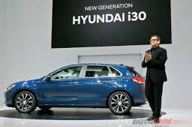all new hyundai i30 detailed in live photos and video