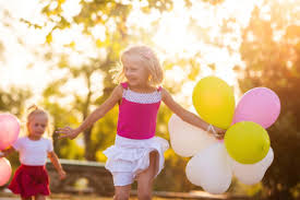 Outdoor Family Picture Ideas Seven Ideas For Unstructured Outdoor Family Play Participaction