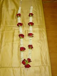 wedding garland jaimala garlands images and white wedding haar