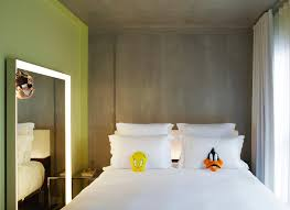 chambre lyon chambres design pour nuit insolite à lyon shelter