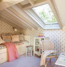 decoration chambre comble avec mur incliné agréable decoration chambre comble avec mur incline 0 chambre