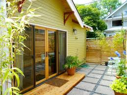 Mid Century Modern Tiny House 10 Small Houses For Single Level Living Small House Bliss