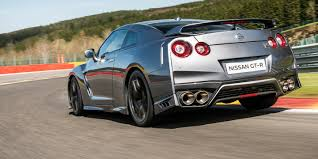 nissan gtr used uk 2017 nissan gt r launches in uk ahead of september debut for