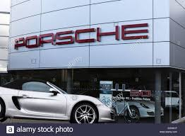 porsche showroom porsche car showroom dealership stock photos u0026 porsche car