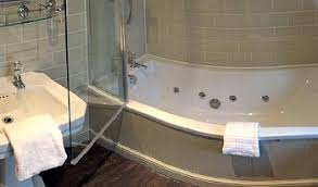 London Hotel With Jacuzzi In Bedroom Jacuzzi Bathtub Hotels Uk Best Bathtub Design 2017