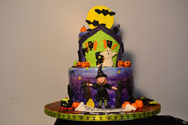 halloween birthday pics oh just put a cupcake in it halloween birthday cake and