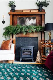Christmas Decorations For Fireplace Mantel Decorations For Gorgeous Faux Fireplace Mantel