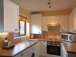 Low Cost Kitchen Design Kitchen Makeovers On A Low Budget Extending Kitchen Into Dining