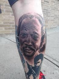 charles ramsey u0027s face tattoed on man u0027s leg ny daily news