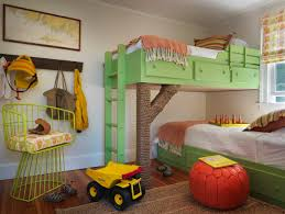 Kids Room Carpet by Bedroom Wood Tile Flooring With Sisal Carpet And Globe Table For