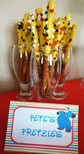 1st Halloween Birthday Party Ideas by Best 25 Mickey Mouse Birthday Ideas On Pinterest Mickey