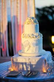 wedding cake with oriental lilies for more cake visit www
