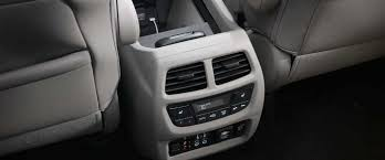 Luxury Power Outlets by 2017 Honda Pilot Technology Features For New England Drivers