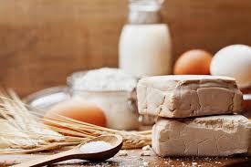 levure cuisine levure et ingrédients frais pour faire sur cuire au four la table