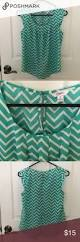 unbranded black blue and white chevron blouse 25