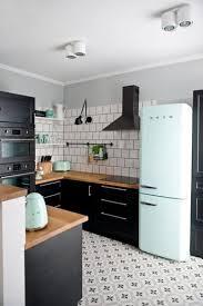 cuisine noir mat et bois 180 best cuisine kitchen images on industrial