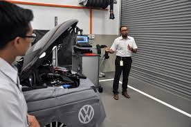 volkswagen malaysia ad volkswagen automotive academy launched in malaysia autoworld com my