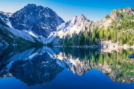 Photos washington usa colchuck lake colchuck peak cascade range
