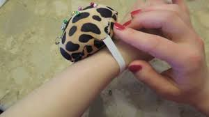 Making Pin Cushions How To Sew A Hand Pin Cushion Easy Youtube