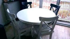 table ronde avec chaises table ronde avec chaises salle a manger avec table ronde table ronde