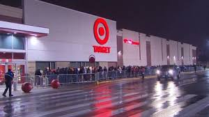 target thursday black friday black friday brings out families and bargain shoppers alike cbs