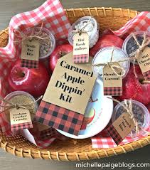 caramel apple party favors blogs caramel apple dipping kit with printable tags