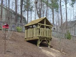 Backyard Fort Ideas Best 10 Backyard Fort Ideas On Pinterest Tree House Deck