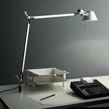 le de bureau artemide artemide tolomeo le de bureau