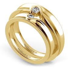 Heart Wedding Rings by Matching Bezel Heart Concave Diamond Wedding Ring Set In Yellow Gold