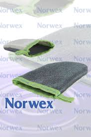 How To Remove Cat Hair From Clothes The Norwex Lint Mitt Www Norwex Com The Lint Mitt Will Quickly