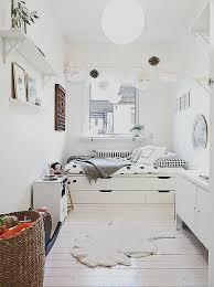idee pour chambre adulte fauteuil relaxation avec decoration murale chambre adulte 4 élégant