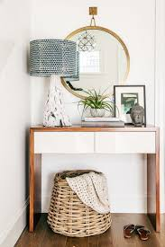 Small Entry Table Best 25 Small Entry Tables Ideas On Pinterest Foyer Table Decor
