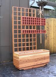 mid century modern marque screen trellisprivacy planter