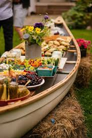 Backyard Country Wedding Ideas by Best 25 Backyard Wedding Foods Ideas On Pinterest Backyard
