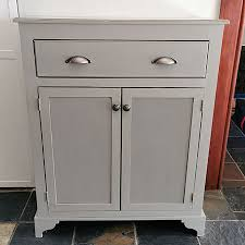 how much chalk paint do i need for kitchen cabinets don t apply much chalk paint