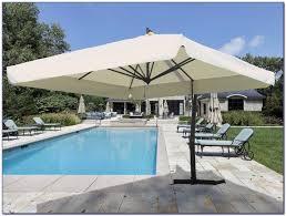 Big Patio Umbrellas by Tilting Patio Umbrellas Home Design Ideas And Pictures