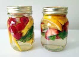 membuat infused water sendiri 10 manfaat infused water bagi kesehatan manfaat co id