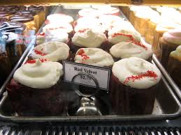 red velvet cupcakes at alliance bakery elizabites