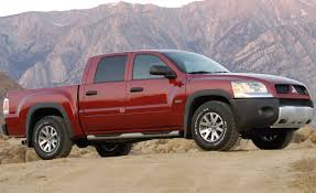 mitsubishi pickup trucks mitsubishi raider reviews mitsubishi raider price photos and