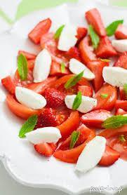 comment cuisiner du coeur de boeuf salade de tomate coeur de boeuf fraise mozzarella et menthe food