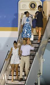 obama family jet off on their christmas vacation daily mail online