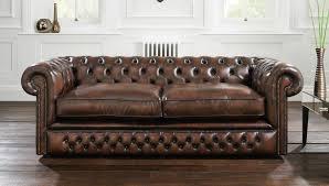 canap style chesterfield canapé de style chesterfield en cuir 2 places marron