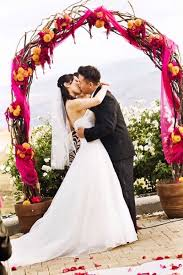 Wedding Trellis Flowers Wedding Arch Ideas The Wedding Specialiststhe Wedding Specialists