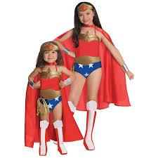 Amazon Com Halloween Costumes Amazon Com Wonder Woman Del Child Lg Toys U0026 Games