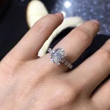 scalloped engagement ring 60 vintage antique engagement rings design trends